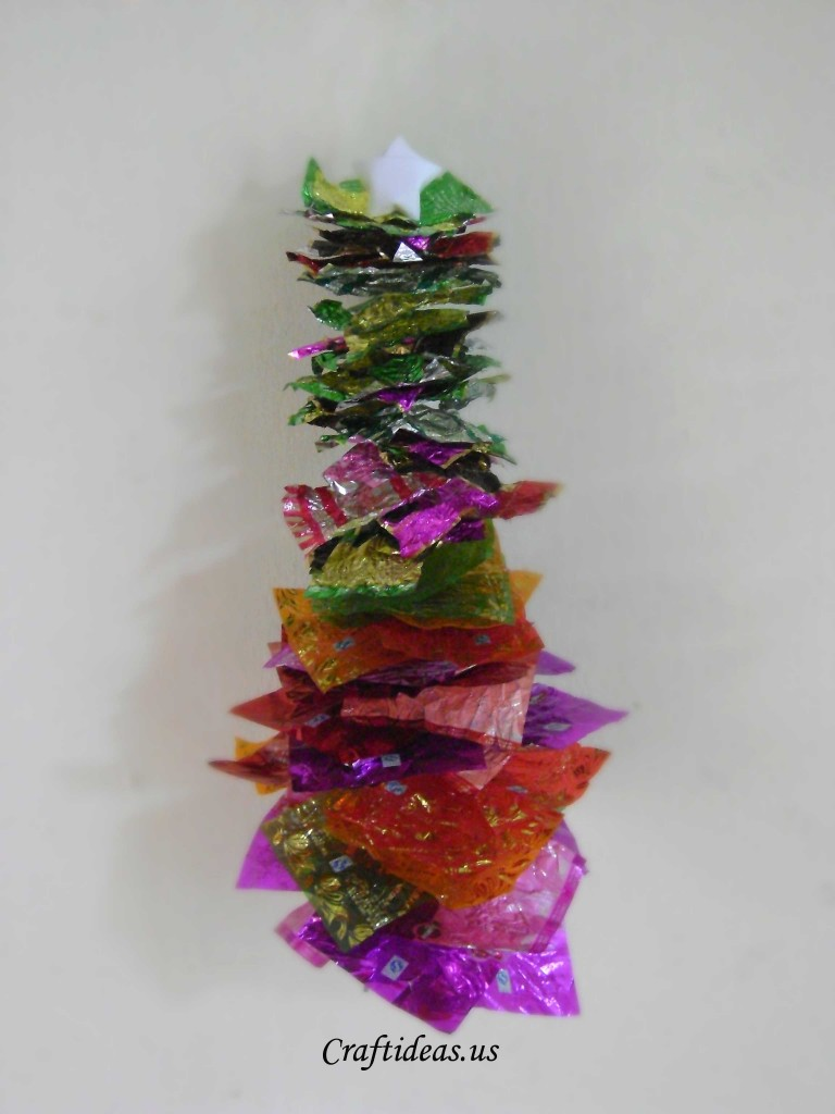 Christmas ideas candy wrapping christmas tree craft ideas - Christmas tree craft ideas ...