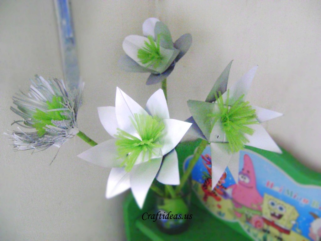 Recycling for kids: beautiful flower from milk boxes ...