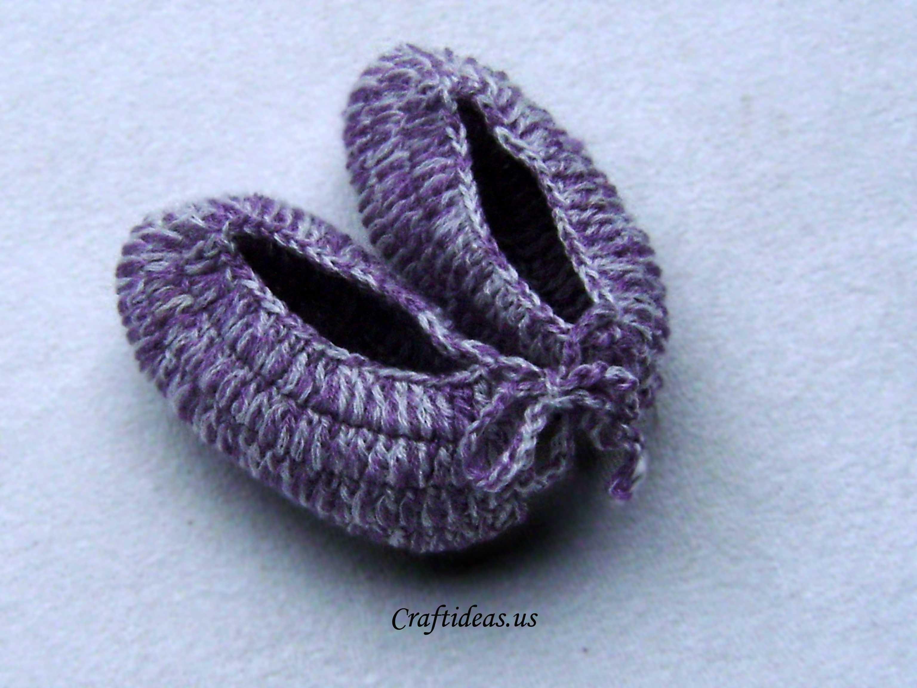 Crochet baby booties tutorial - Craft Ideas