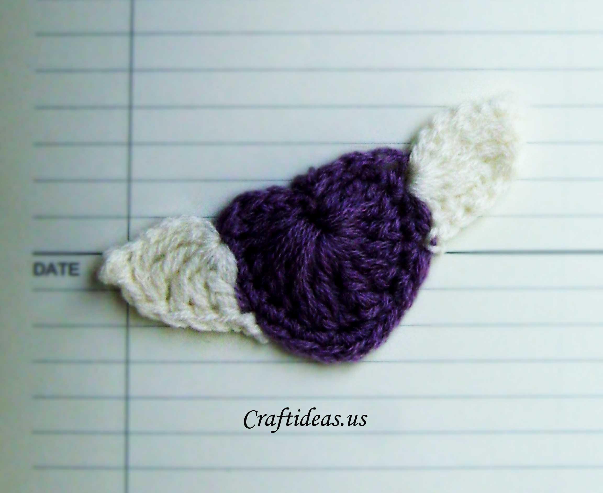Valentine craft ideas: Crochet heart with wings - Craft Ideas