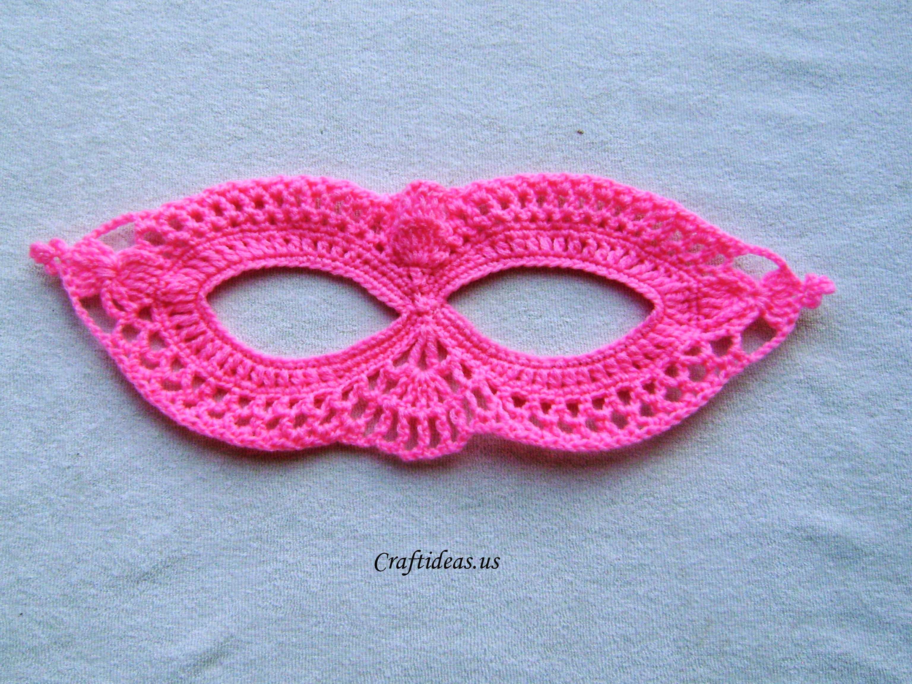 Halloween craft ideas: Crochet mask tutorial - Craft Ideas