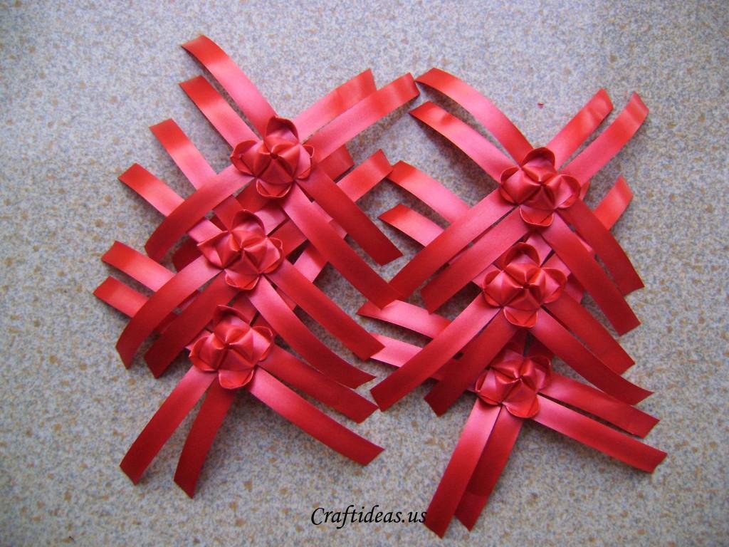 Make ribbon lantern and ribbon chandelier craft ideas for Ribbon crafts to make