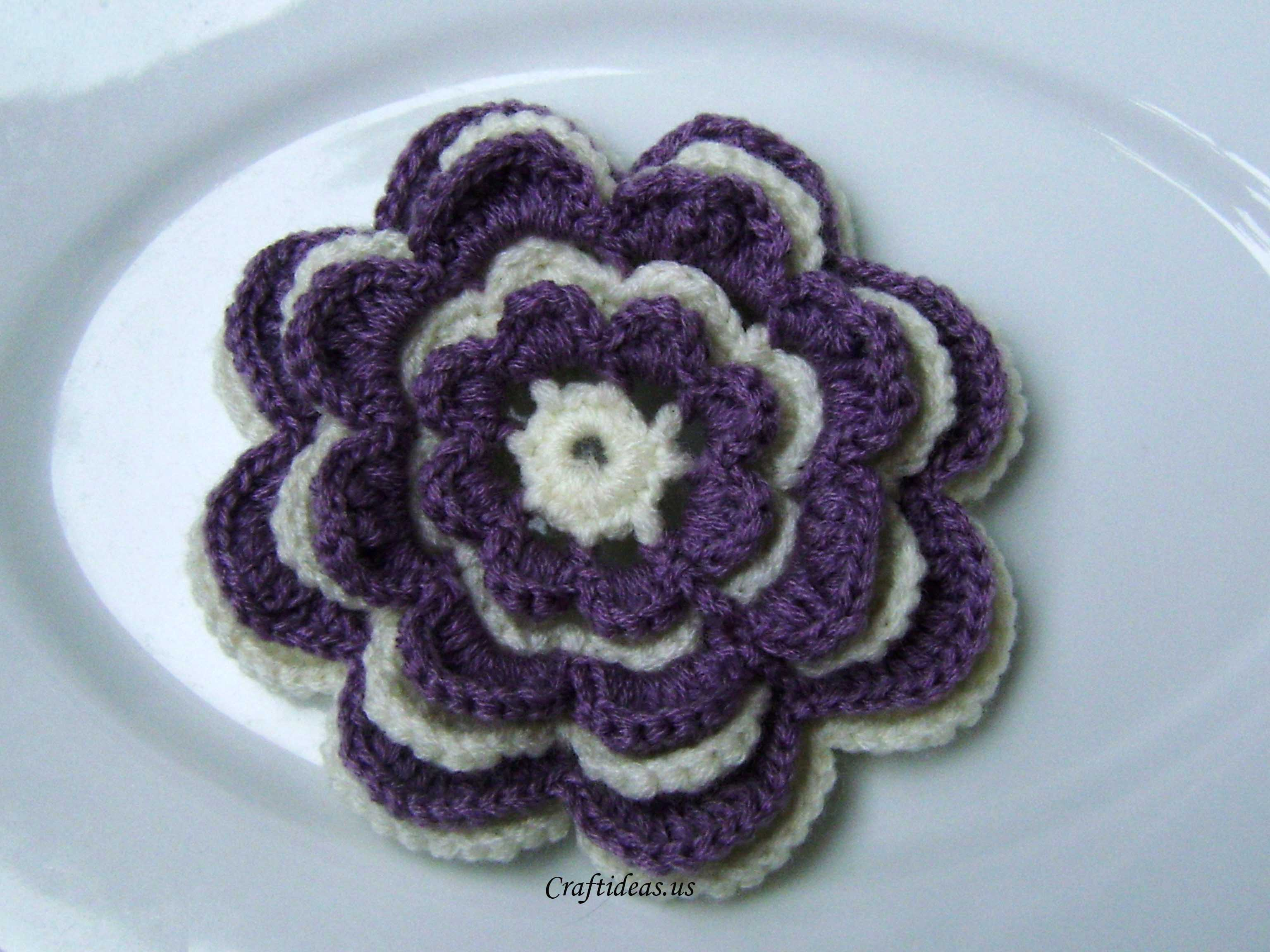 Crochet Tutorial : Crochet flower tutorial - Craft Ideas