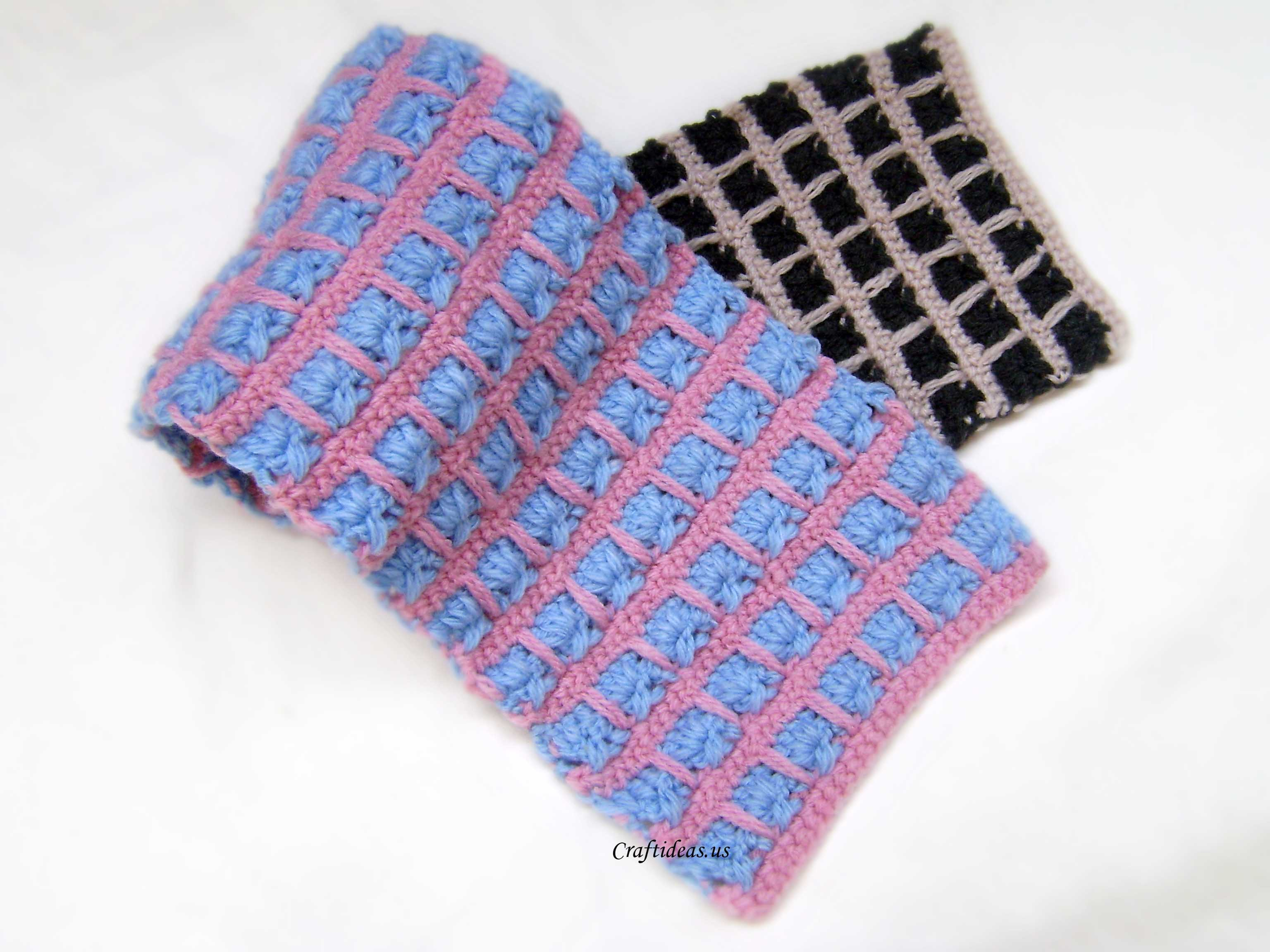 Crochet Multiple Colors : Crochet couple scarves with two color Crochet Scarf Two Colors