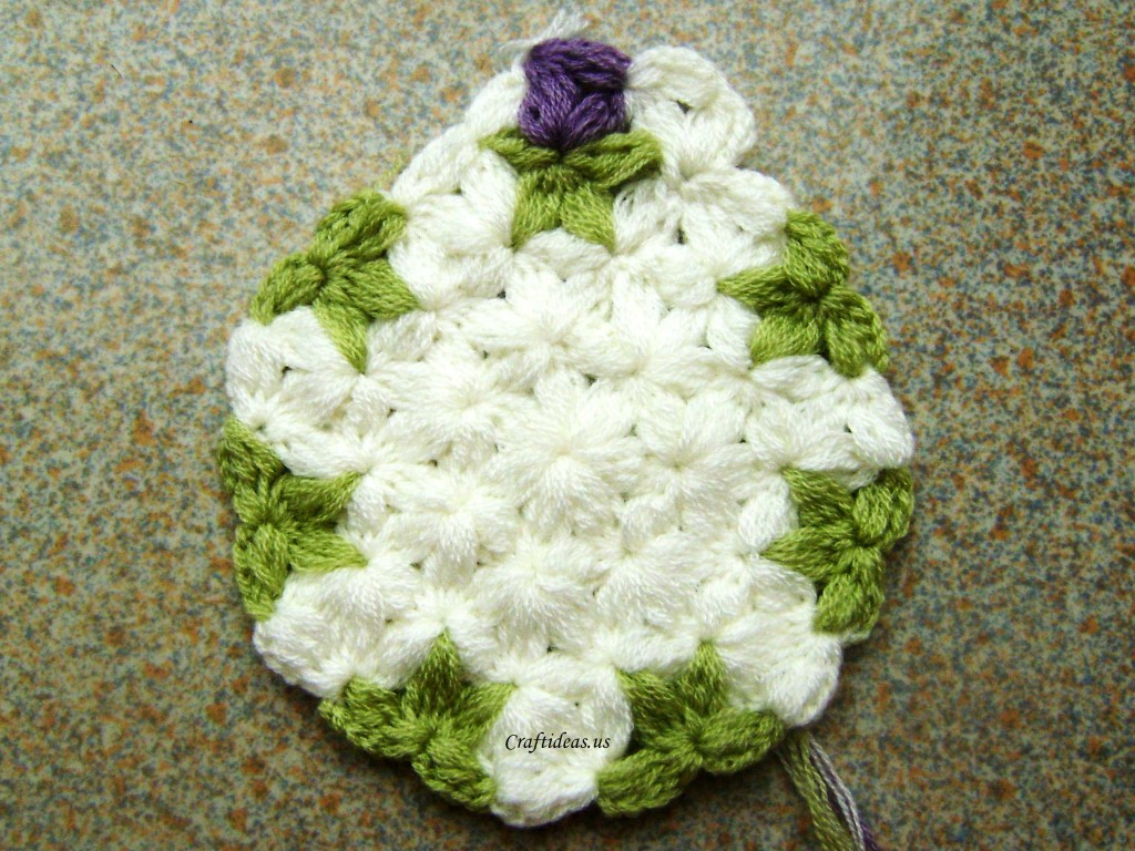 Crochet rose with 6-Petal Jasmine Stitch for beret - Craft Ideas