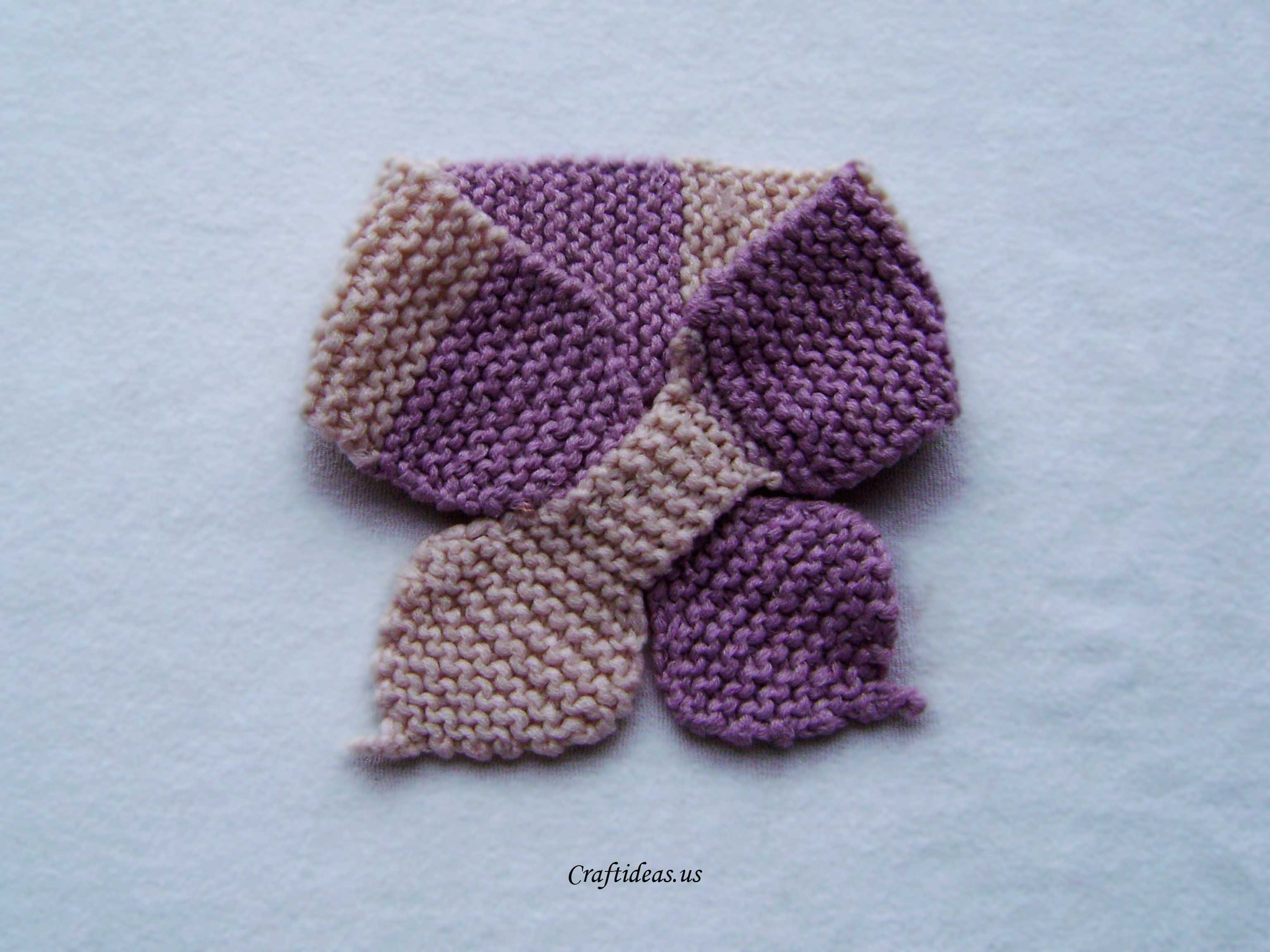 Knitting Pattern For Scarf For Toddler : Knitting lotus scarf tutorial - Craft Ideas