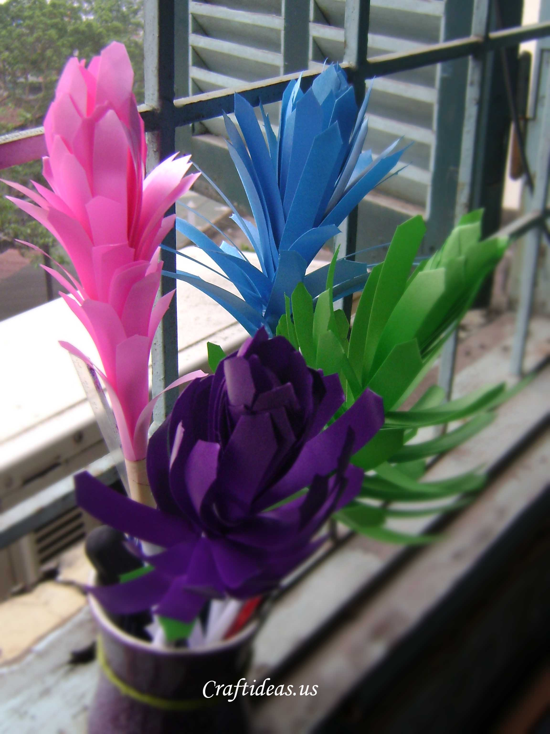 Spring flowers ribbon flowers tutorial craft ideas for Ribbon crafts to make