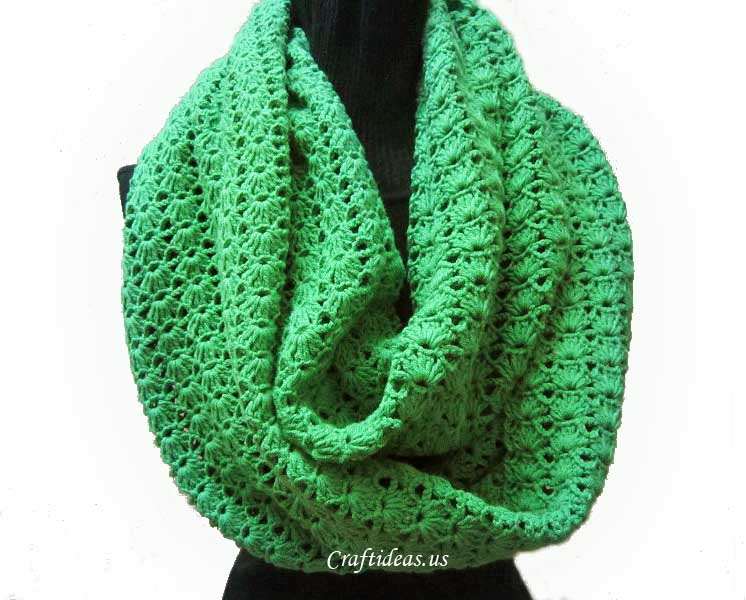Crochet round scarf - Craft Ideas
