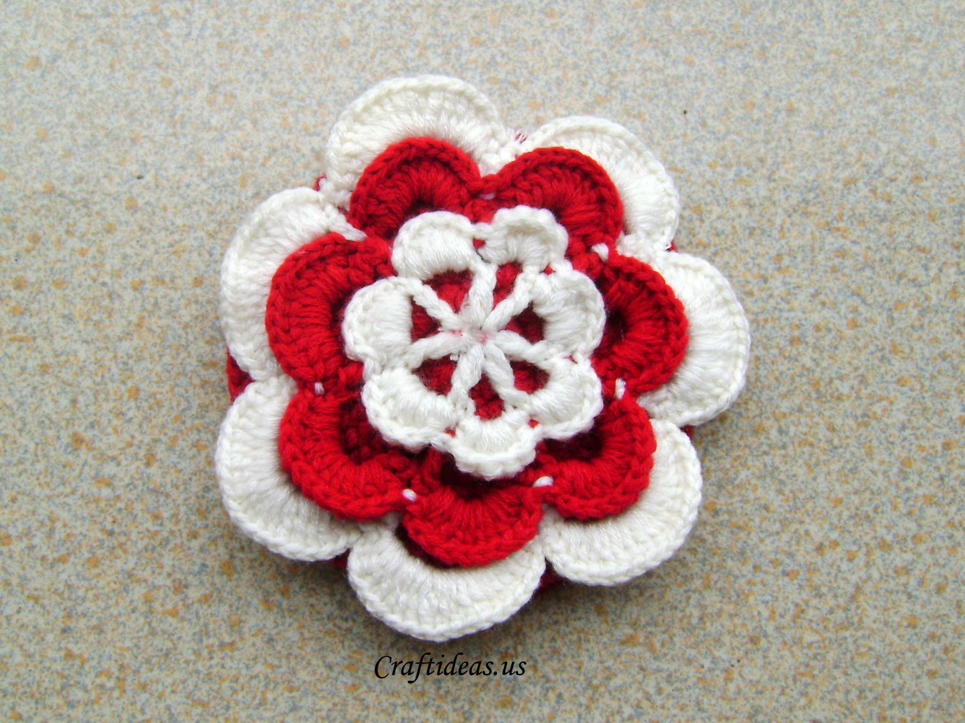 Crochet Simple Flower Tutorial : Crochet flower purse for baby girls - Craft Ideas