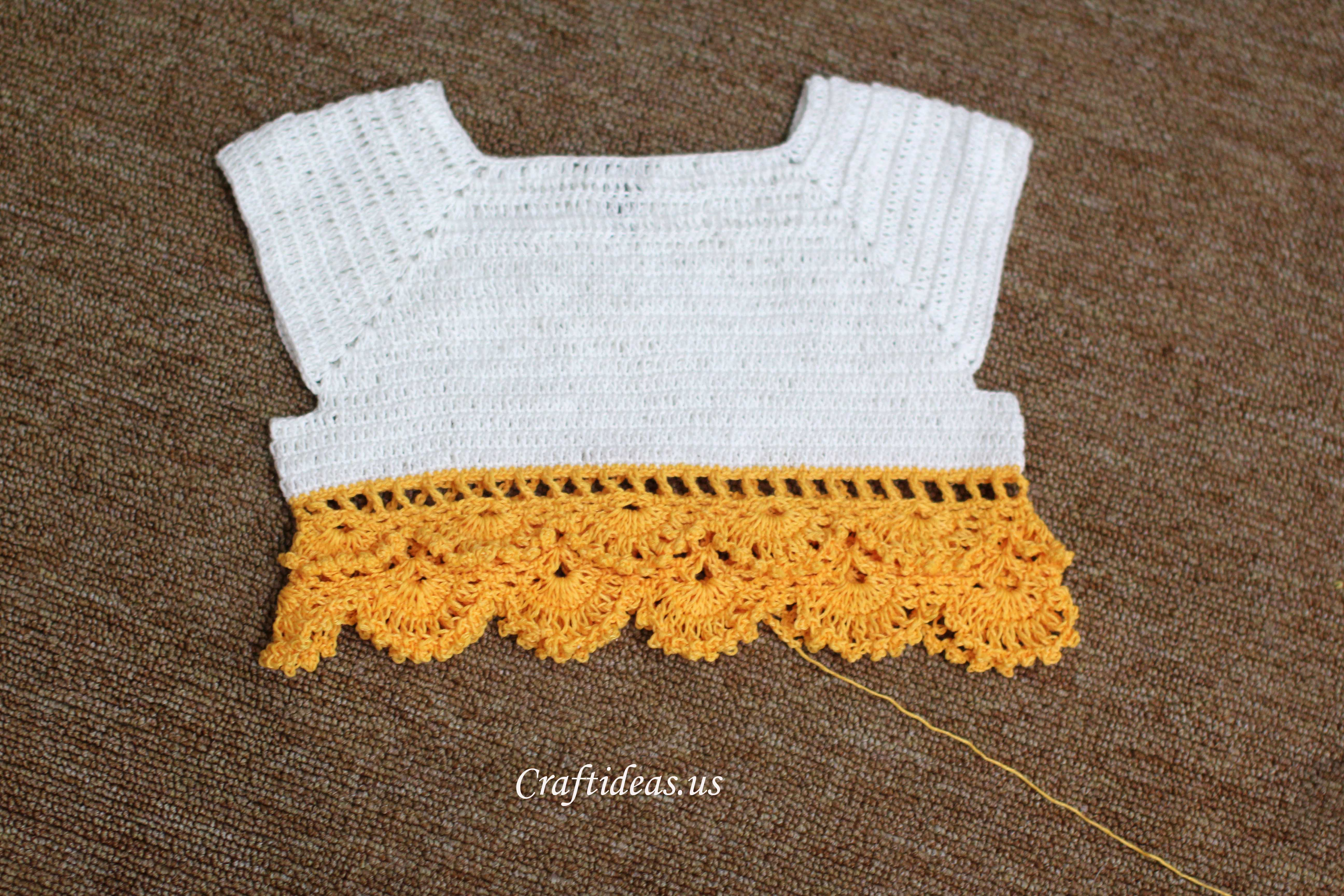 Crochet charming dress for little girls craft ideas round bankloansurffo Image collections