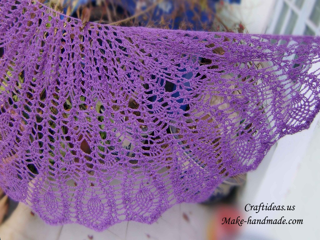 Crocheting A Shawl : crochet pineapple shawl and peacock tail shawl for ladies make ...