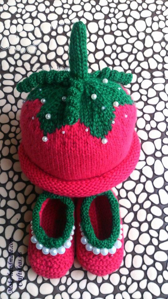 knitting strawberry set for little kids