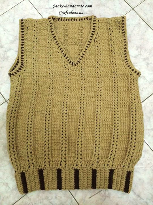 Free Crochet Pattern For Ladies Gilet : Crochet gilet for baby - Craft Ideas