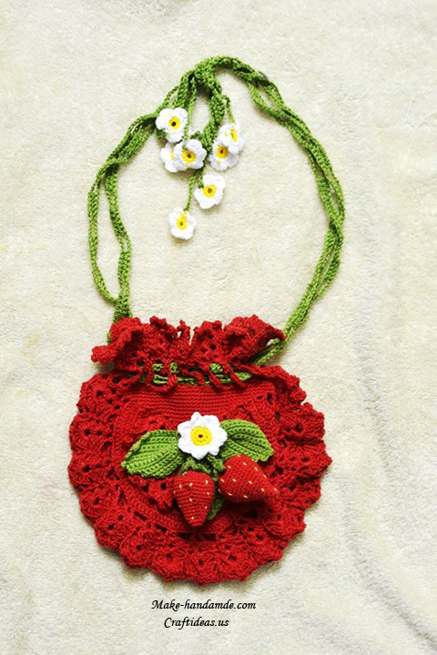 Crochet strawberry purse for baby crochet chart