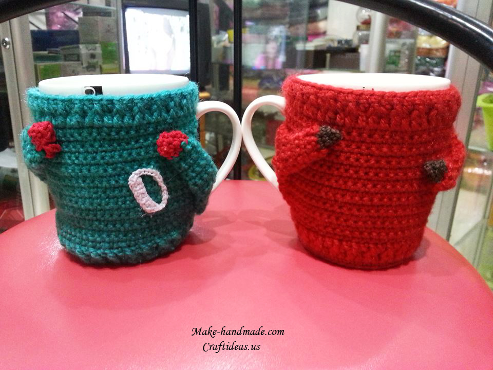 Crochet decor for cups