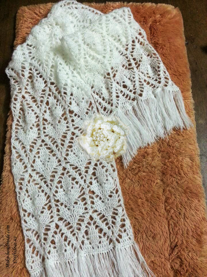 crochet charming lace leaves scarf for ladies craft ideas