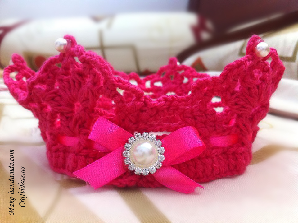 Crochet cute crown for little princess craft ideas for Crochet crafts for kids