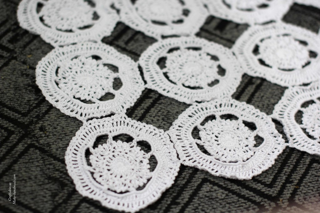 Crochet doily from lace circles
