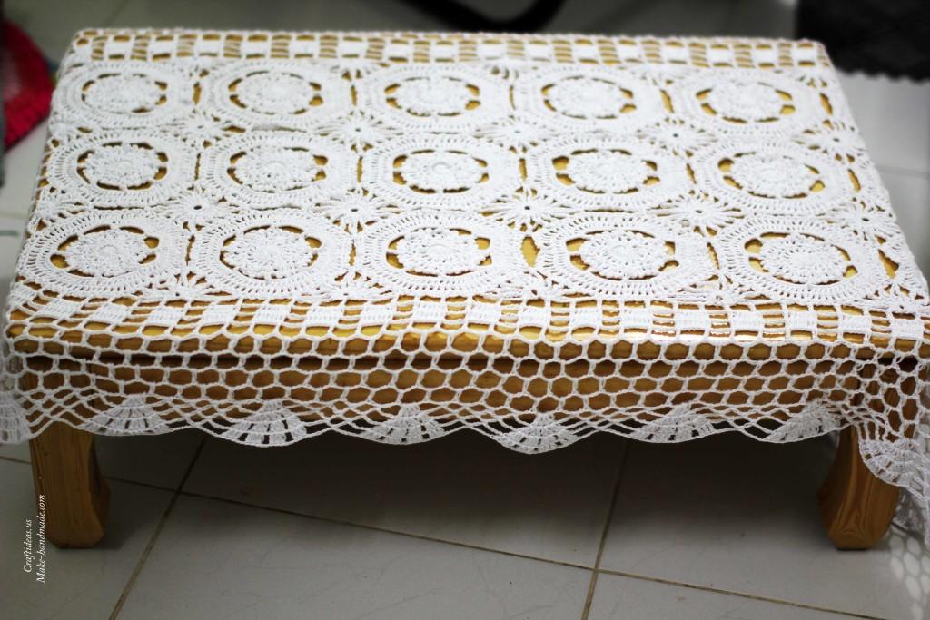 Crochet lace rectangle doily