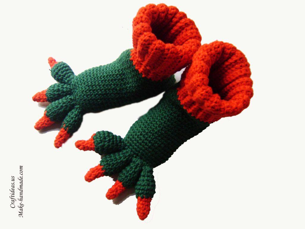 crochet-monster-baby-booties
