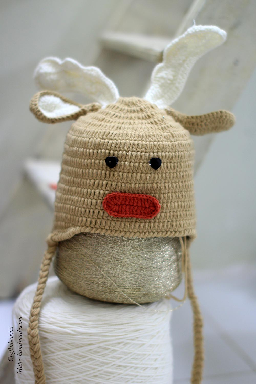 crochet-reindeer-baby-hat