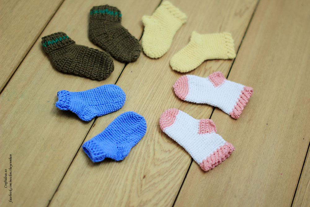 Crochet Baby Socks and mittens crochet and knitting ideas