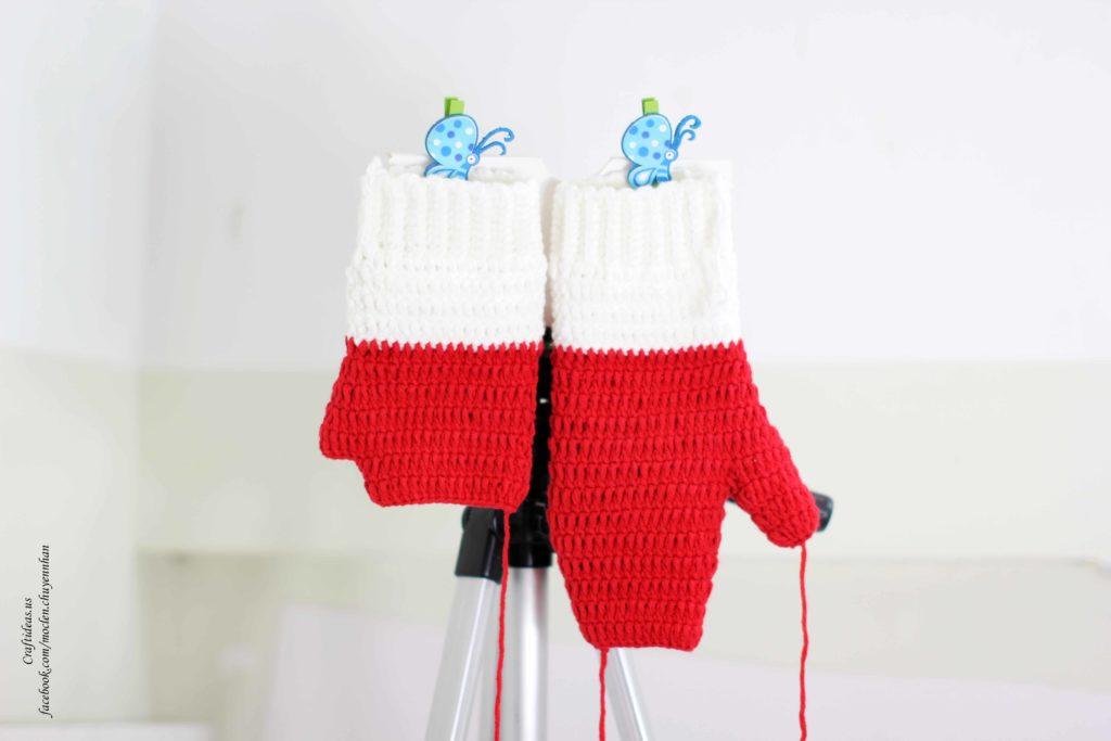 crochet-baby-mitterns