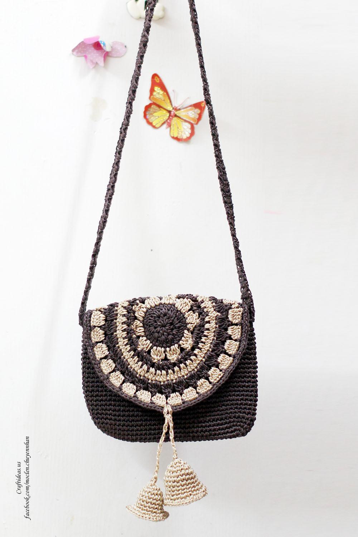 Crochet bell handbag for little kids