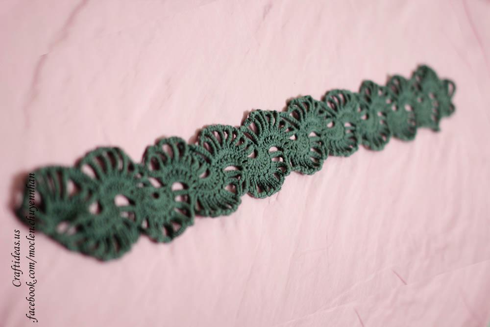 Crochet cute fan scarf ideas