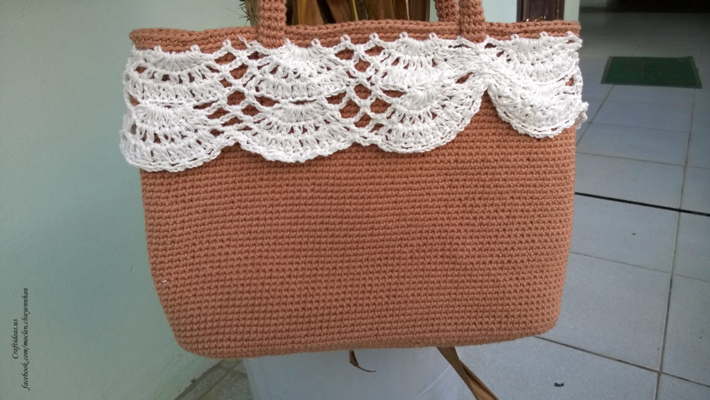 Crochet easy handbag