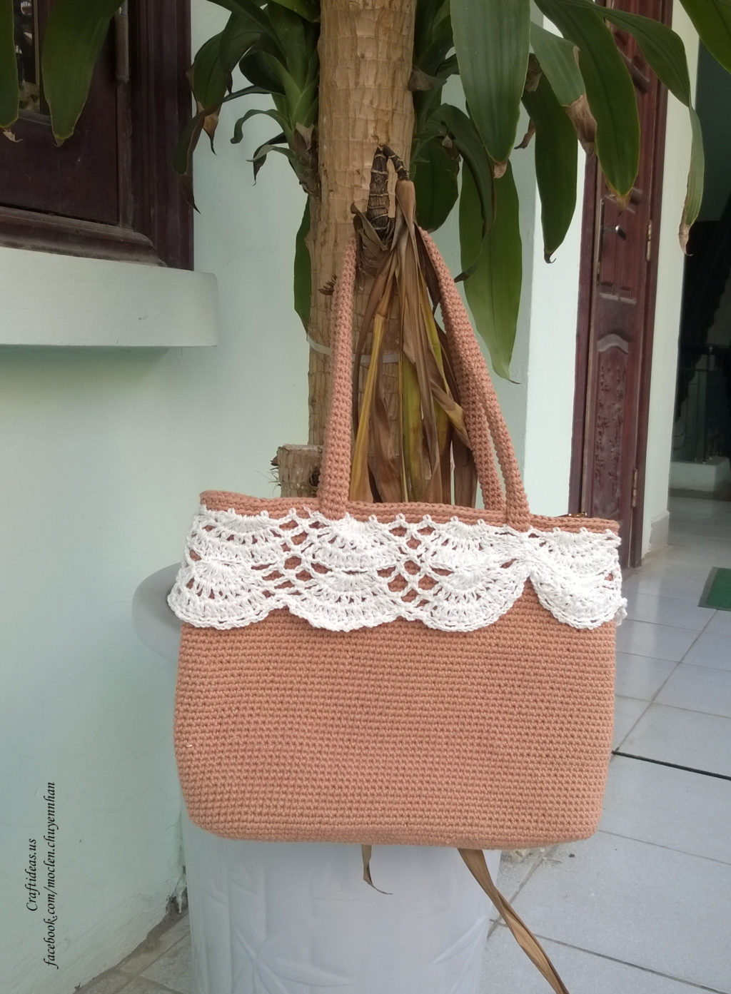 Crochet easy women handbag