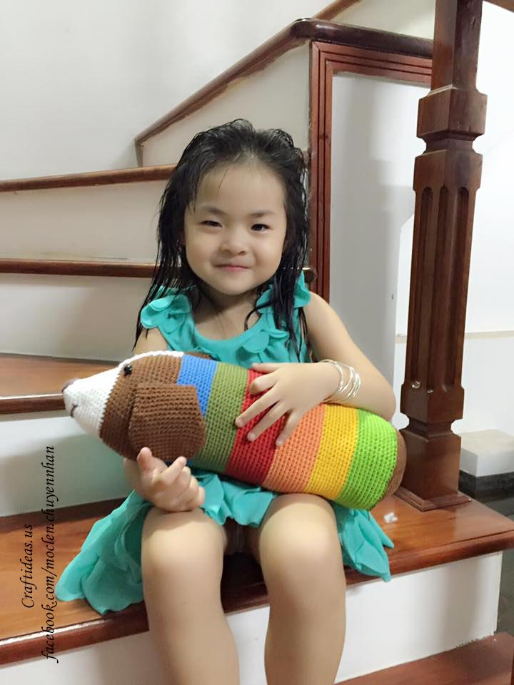 Crochet bolster for kids