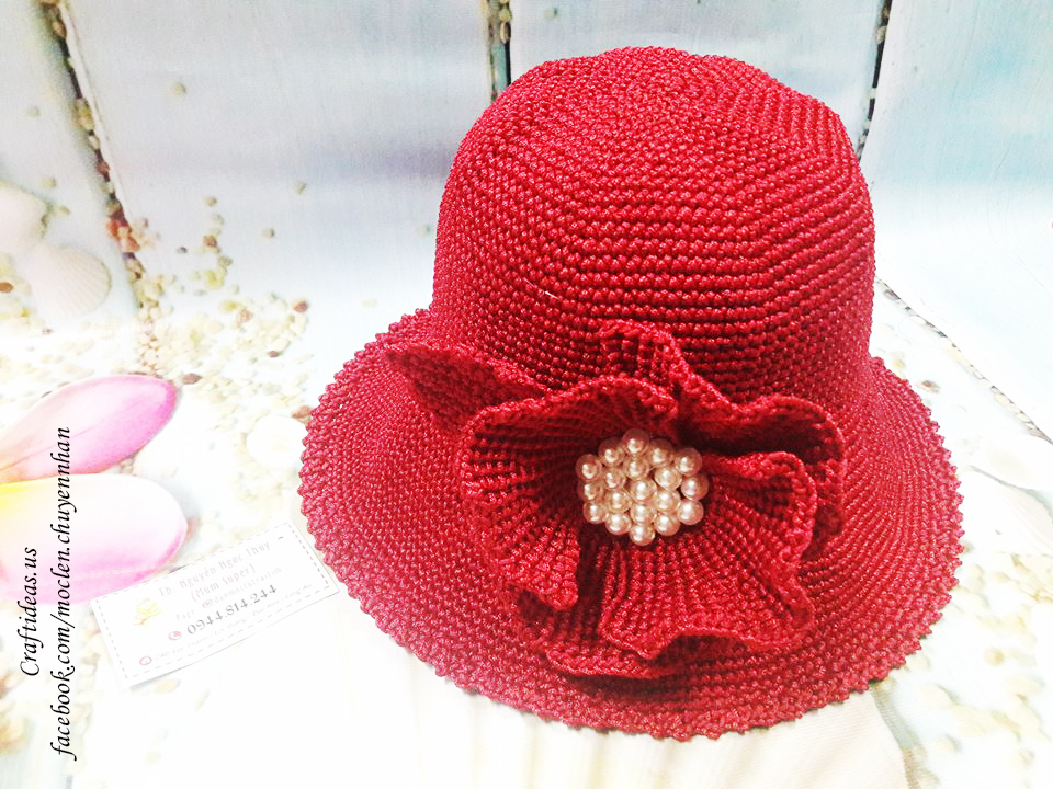 Crochet hat and flower