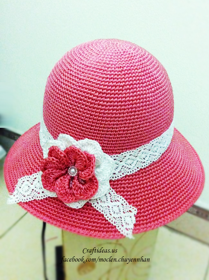 Crochet cute flower for accessories