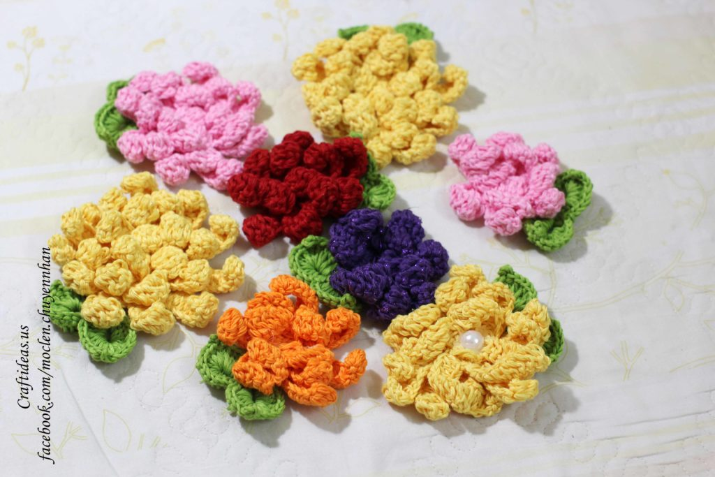 Crochet chrysanthemum flower