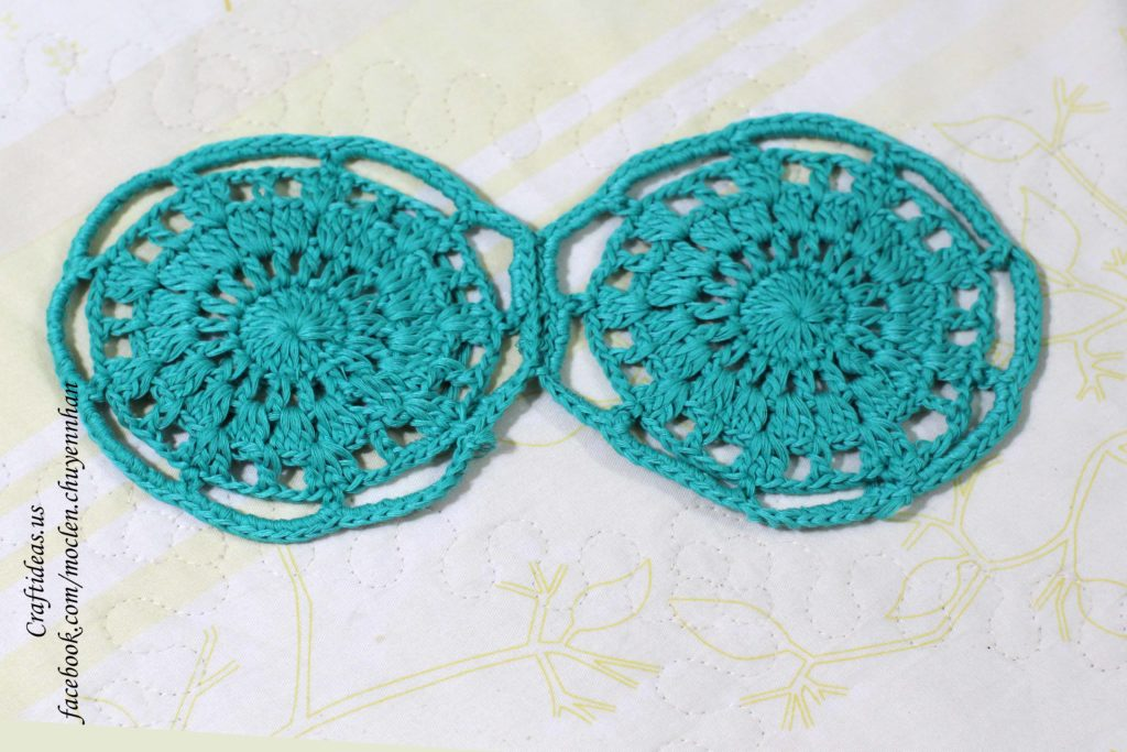 Crochet circle flowers for shorts