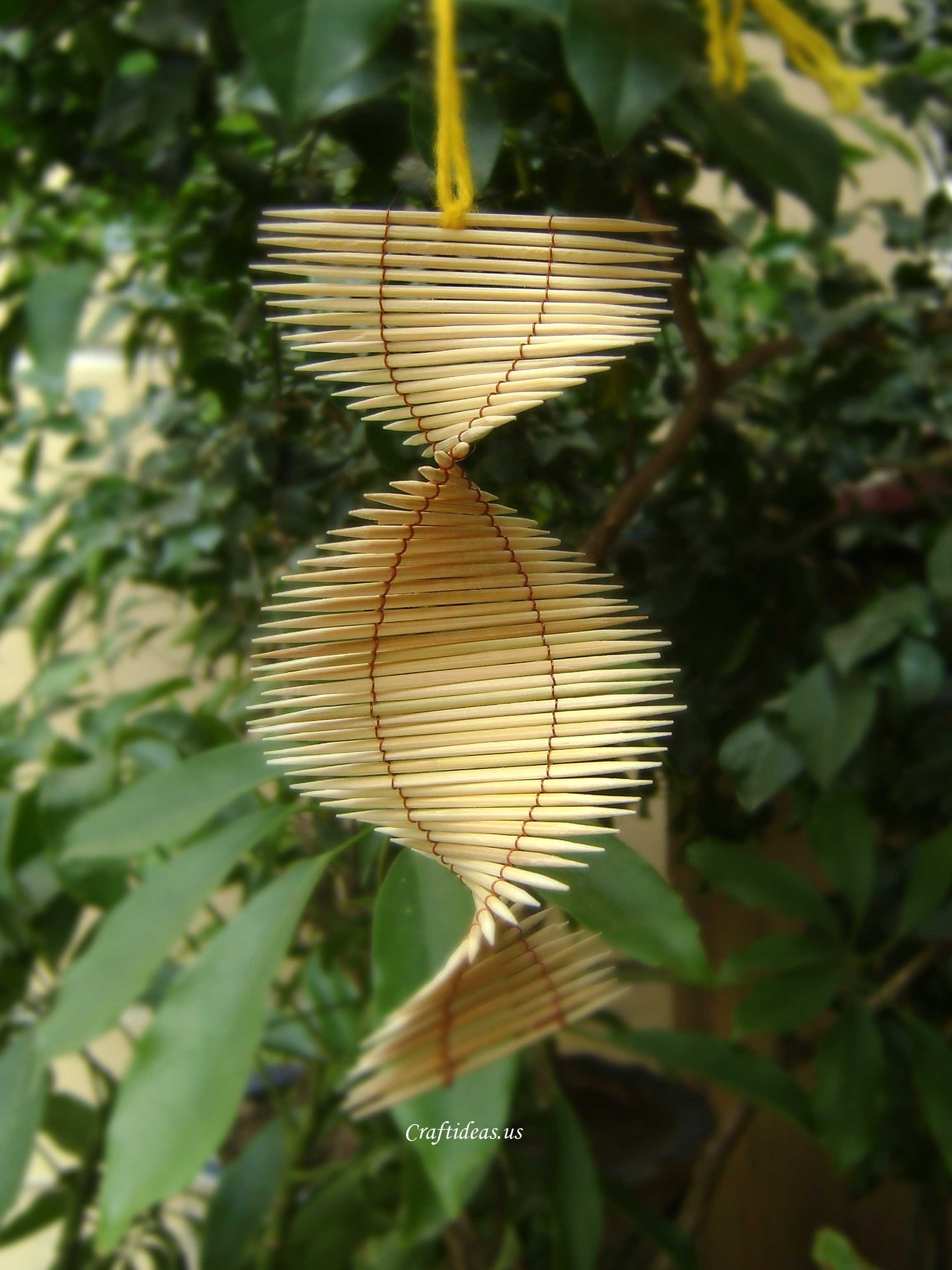Unique summer gifts: toothpicks mobile tutorial - Craft Ideas